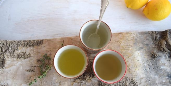 Thymiansirup, Ingwertee und heiße Zitrone