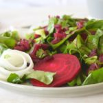 Rote Bete Salat mit Zwiebeln