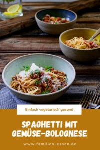 Spaghetti mit Gemüse Bolognese. Spaghetti Bolognese vegetarisch mit Dinkel.